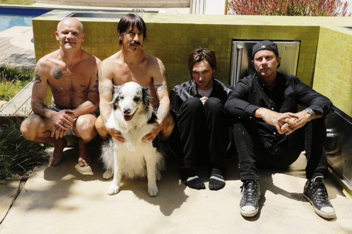 Picture courtesy of redhotchilipeppers.com